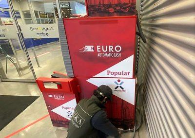 Instalación y anclaje de cajero automático